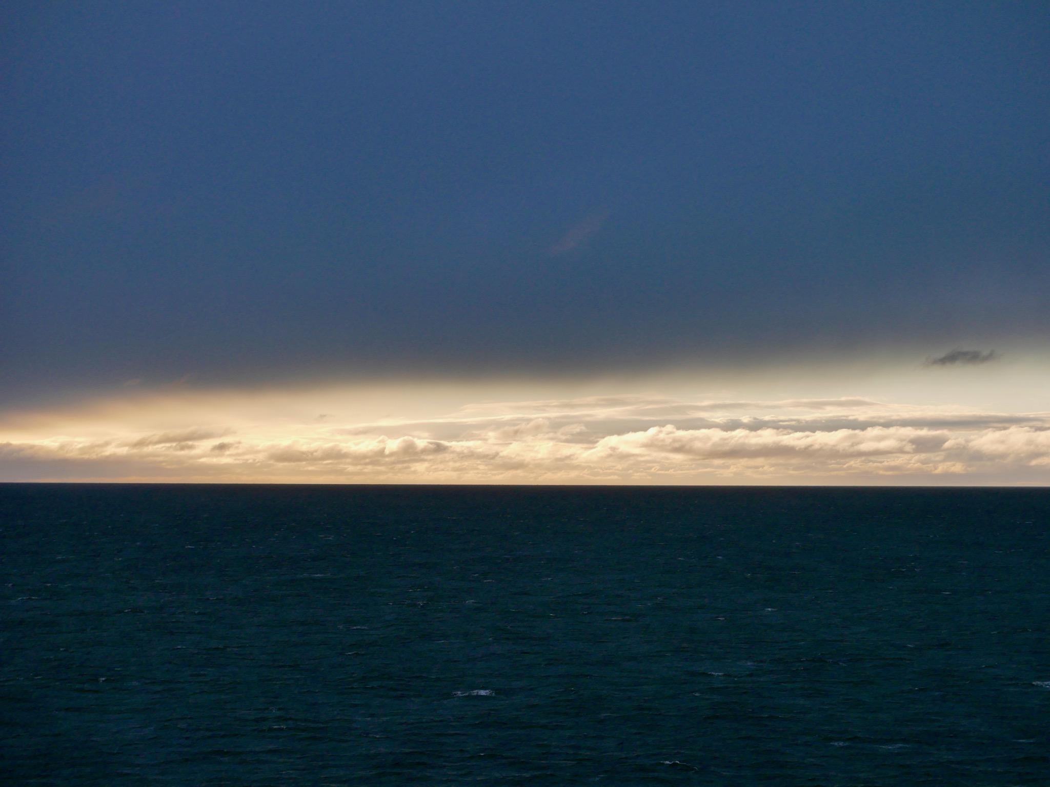Midnight Sun (11:48)